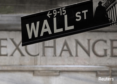 Stocks slip but post best month in four years