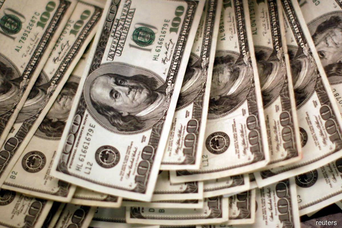 Dollar dented as yields dive on recovery worries
