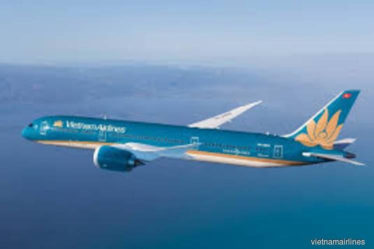 Vietnamese carriers suspend flights to European and ASEAN destinations over coronavirus