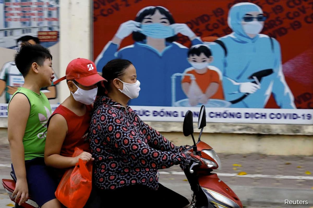 Vietnam, praised widely for its decisive measures to combat COVID-19 since it first arrived in late January, is battling a new wave of the virus having gone more than three months without domestic transmission.