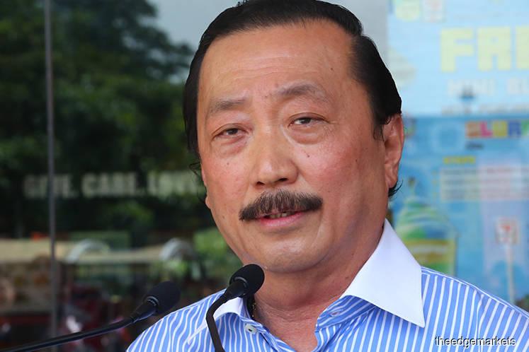 Vincent Tan's Tioman airport dreams may hit a snag