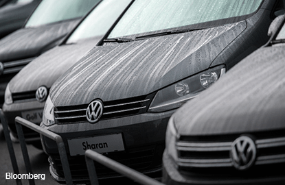 VW CEO says not ruling out merger talks with Fiat Chrysler