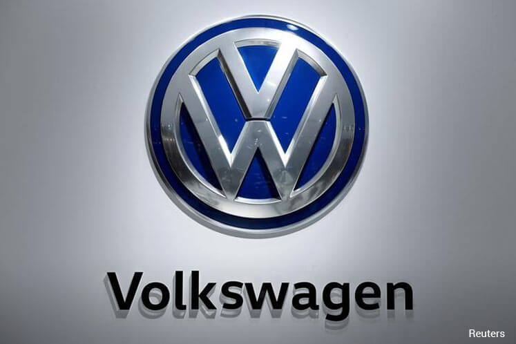 Volkswagen to buy 20% of Chinese battery maker Guoxuan amid electric push -sources