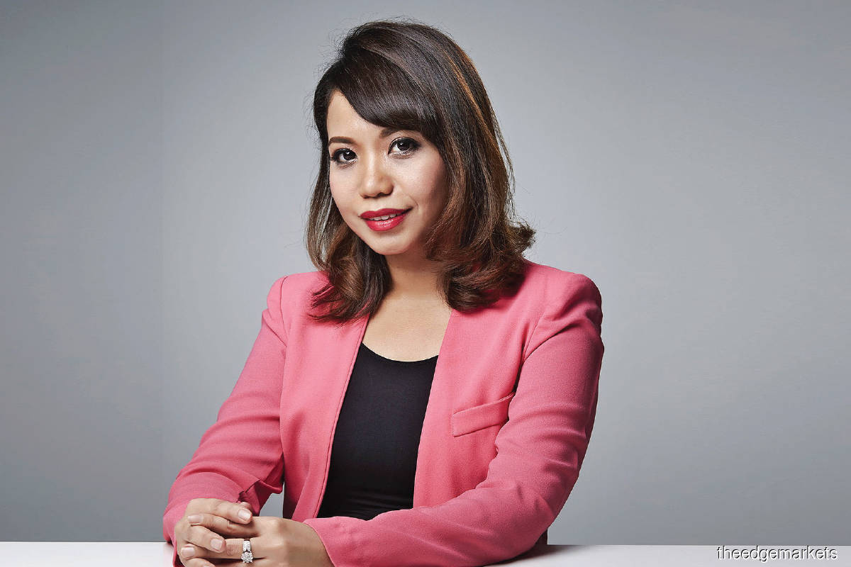 """""""Fikra aims to expand Islamic capital market offerings. It wants to enable greater connectivity, accessibility and inclusivity for issuers, investors and intermediaries in areas that include halal, socially responsible investing and Islamic social finance."""" - Azrina"""