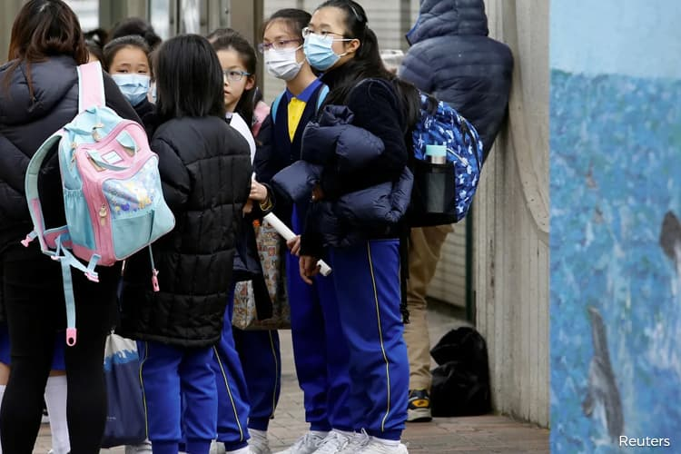 WHO says new virus may have caused China pneumonia outbreak