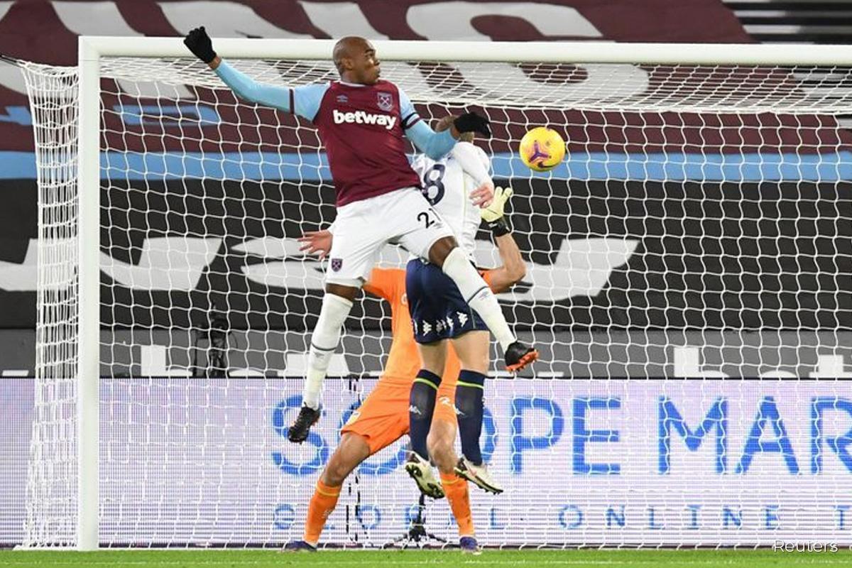 West Ham ride their luck to beat Aston Villa