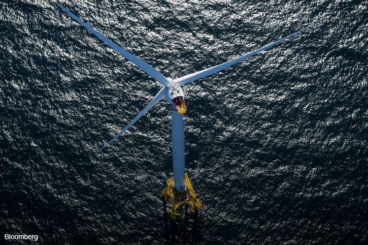 Offshore wind blows through nuclear, coal as costs drop at sea