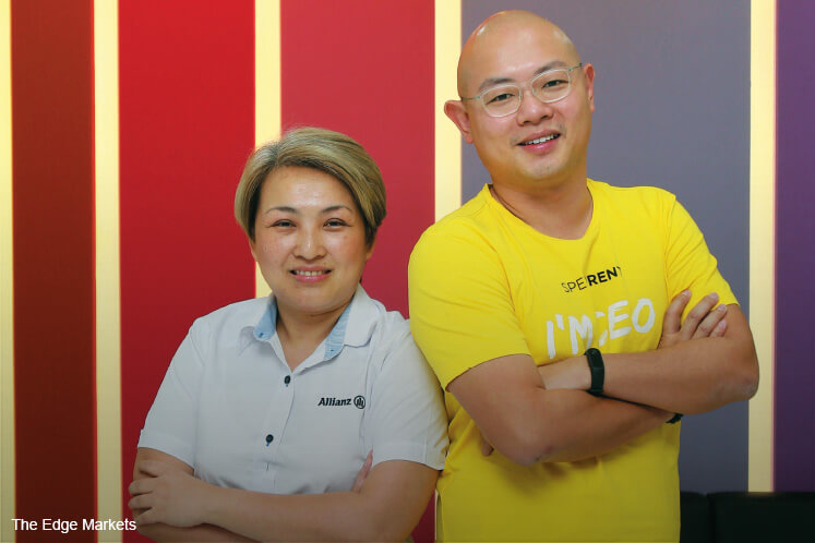 Wong with Linda Lor of Allianz General Insurance