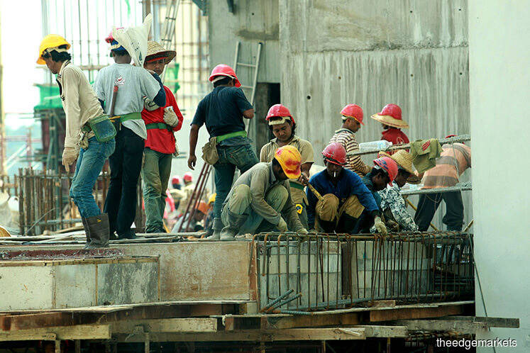 HR Ministry to study socio-economic effect of low-skilled foreign workers and int'l internship
