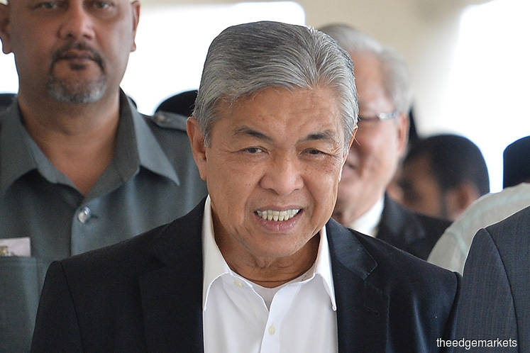 Zahid dodges contempt of court proceedings after apologising to court