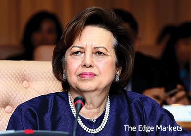 Zeti says no ringgit peg, Bank Negara circular to stem ringgit depreciation