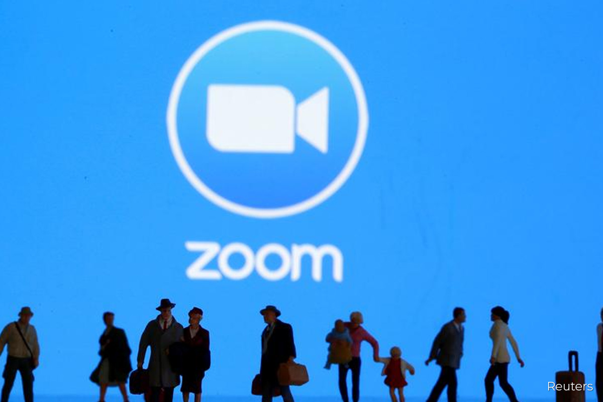 Zoom projects revenue that would top analysts' estimates