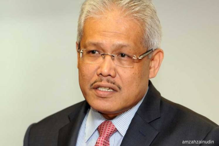 Another five MPs leave UMNO