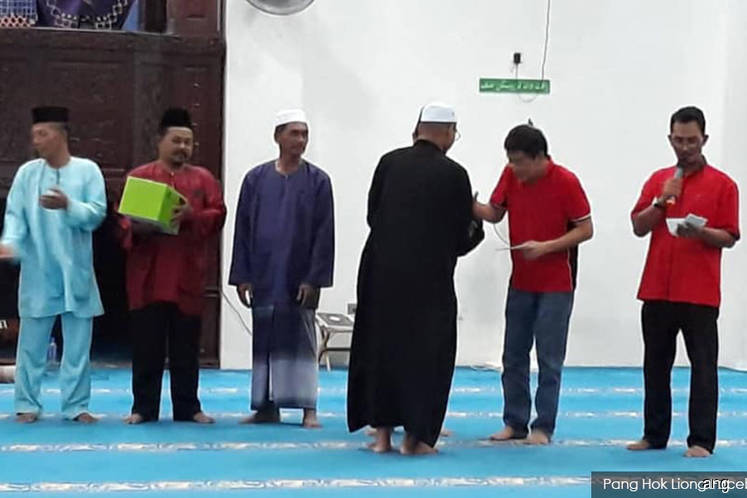 Johor Sultan wants action taken against mosque officials who provide platform to politicians