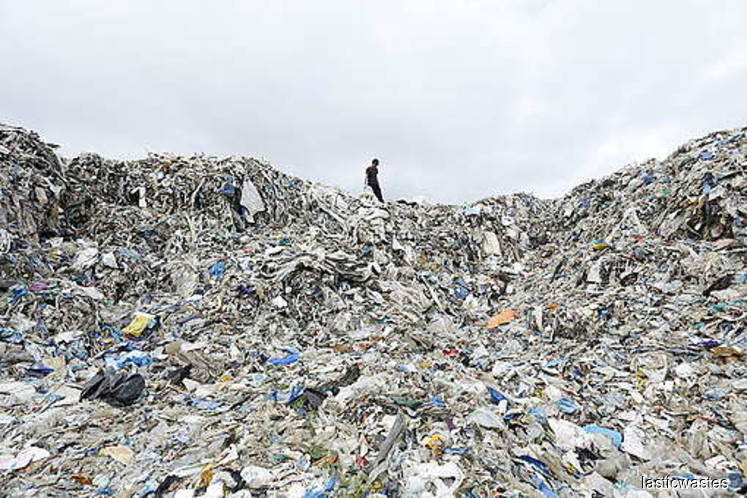 Malaysia polluted by imported wastes