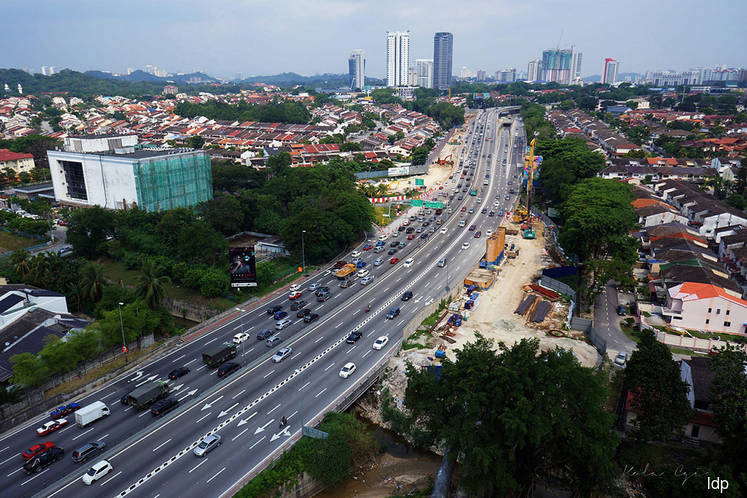 MoF extends deadline to take over Gamuda's highways for the third time