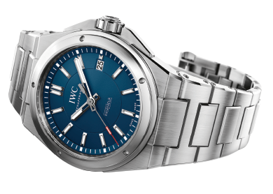 a-limited-special-edition-watch-to-the-Laureus-Sport-for-Good-Foundation