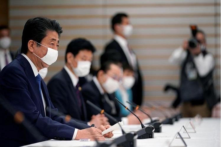 Japan declares coronavirus emergency, approves near US$1 tril stimulus