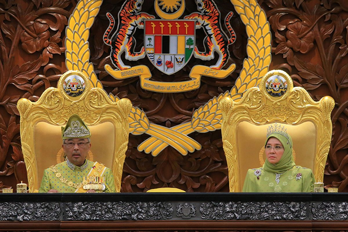 King says Parliament should be reconvened 'as soon as possible'