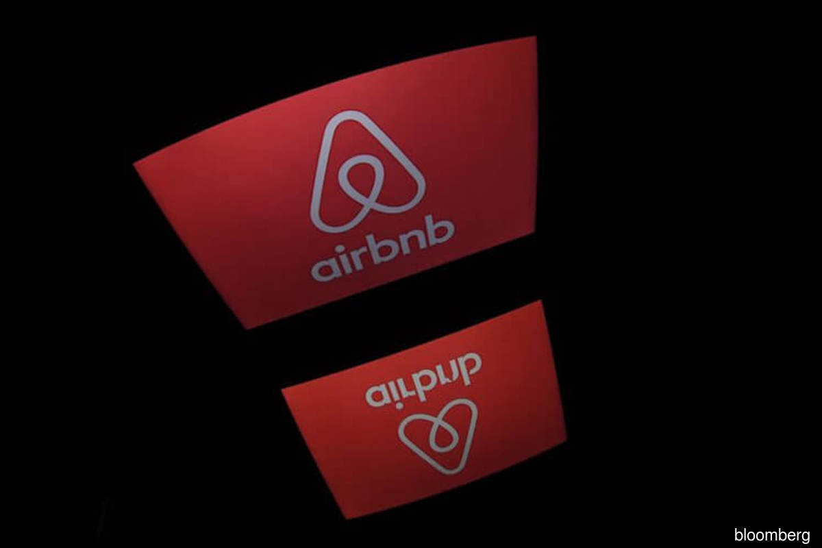 Airbnb cancels Washington, D.C. bookings in inauguration week, citing risks