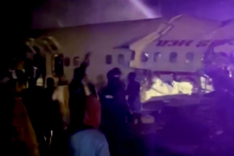 Air India plane breaks into two after landing in Kerala, at least five feared dead