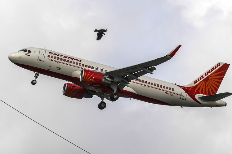 India's ban on flying to stay until virus no longer a danger