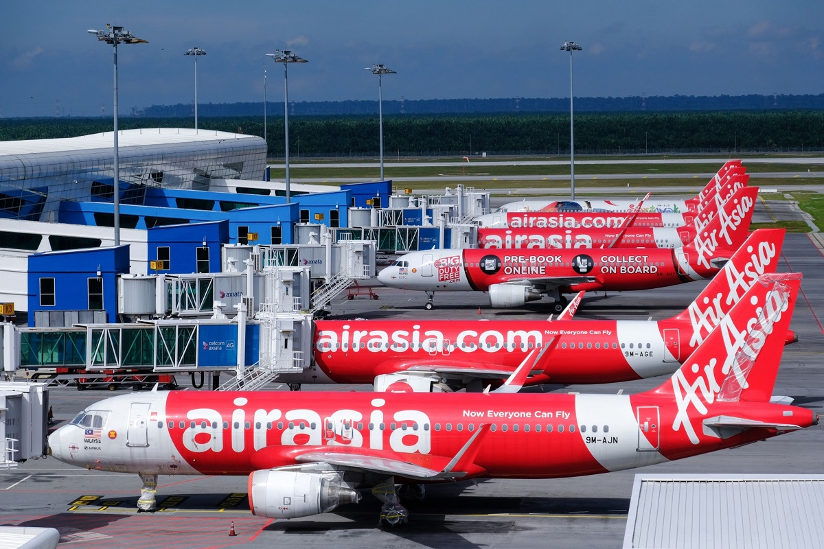 AirAsia's problems grow as India minister hints at local shutdown