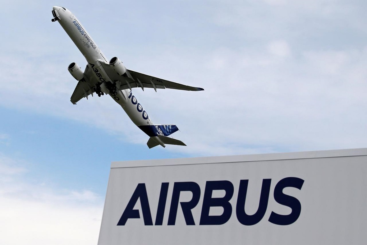 Airbus sets quarterly cash goal, takes heavy restructuring charge