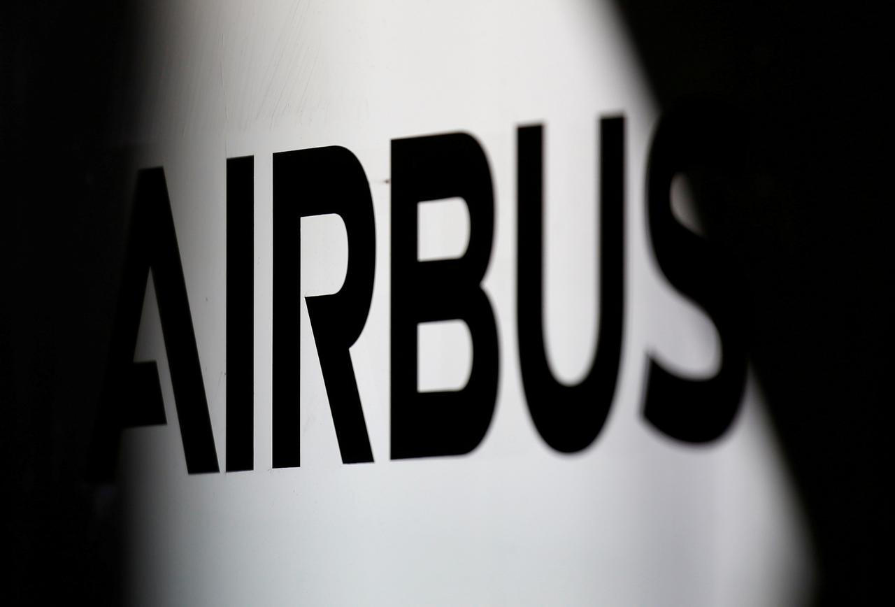 Airbus delivery goal at risk as virus sees airline deferrals