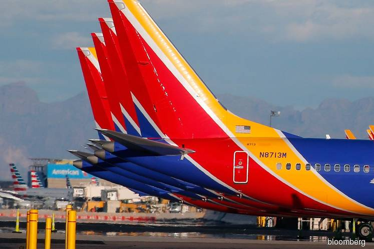 Southwest 737 Max Makes Emergency Landing After Engine Trouble