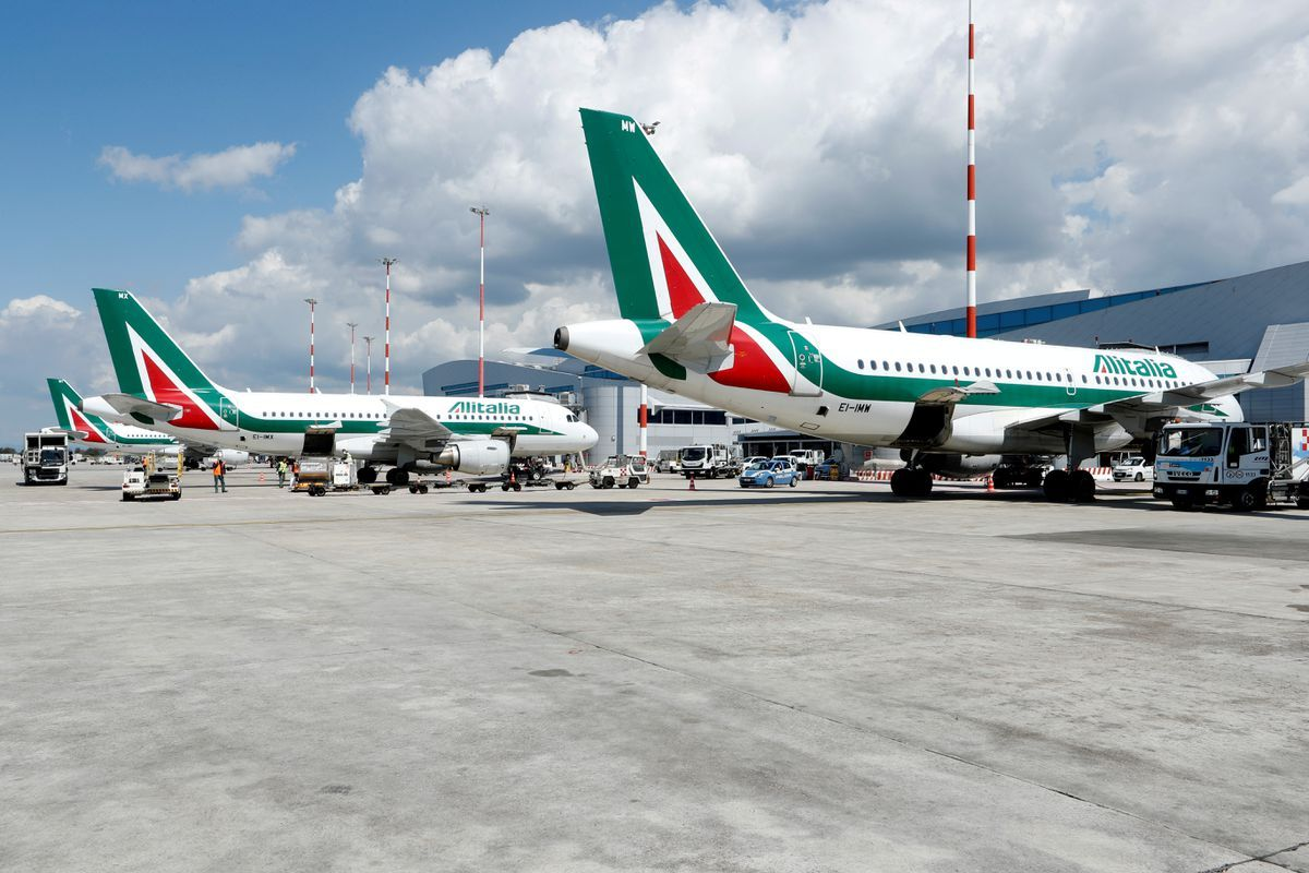 Alitalia dies after 75 turbulent years, hands over to ITA