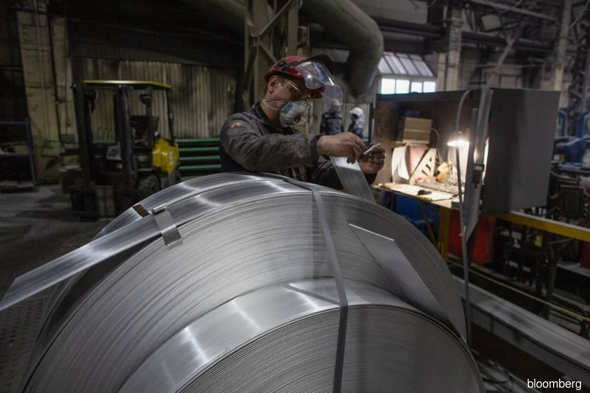 Aluminium jumps as Guinea coup attempt fuels supply concerns