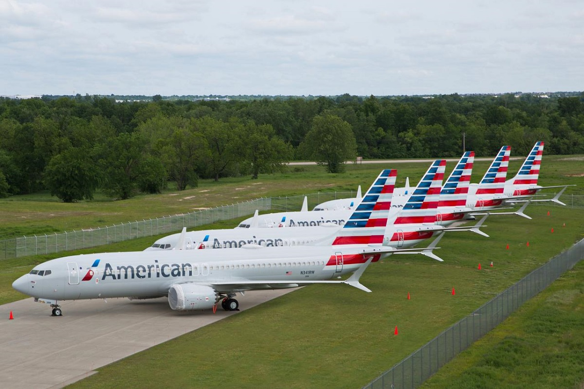 American Airlines joins GameStop trading frenzy as calls for probe build