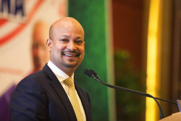 Arul Kanda briefs PAS central committee on 1MDB rationalisation plan