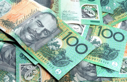 Aussie slumps, U.S. dollar struggles for traction