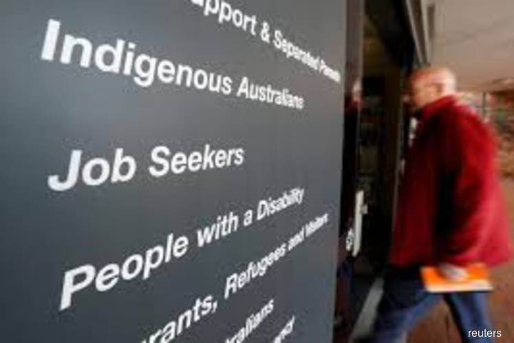 Australian jobs suffer biggest drop in 3 years, argue for more stimulus