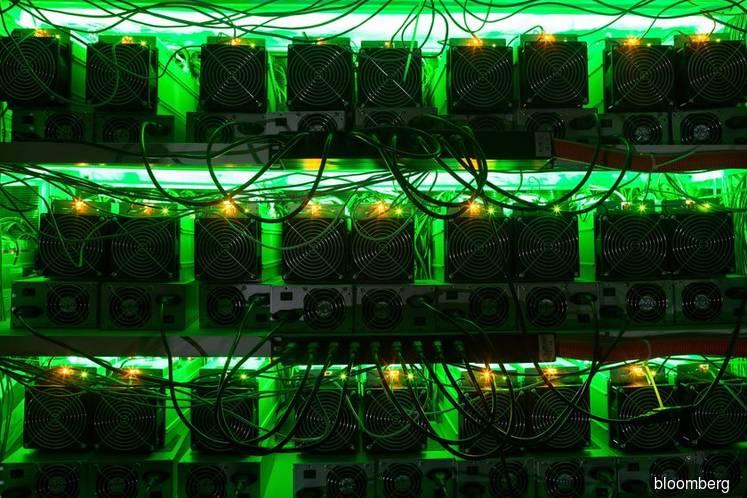 Bitcoin Going Berserk in November Makes Holidays Awkward