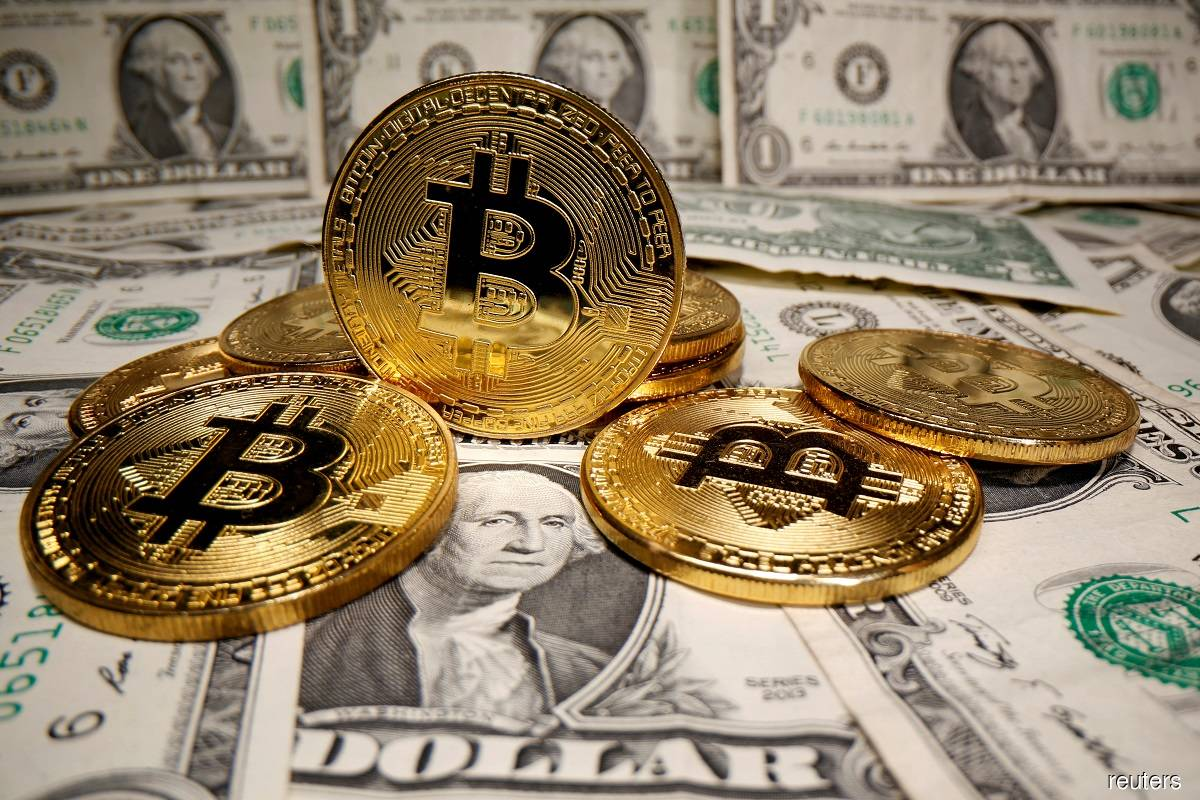 Bitcoin rises 6% as risk assets rally; Citi says at 'tipping point'