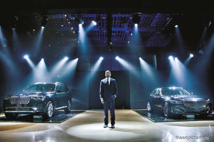 BMW Malaysia unveils first BMW X7 model, new 7 Series