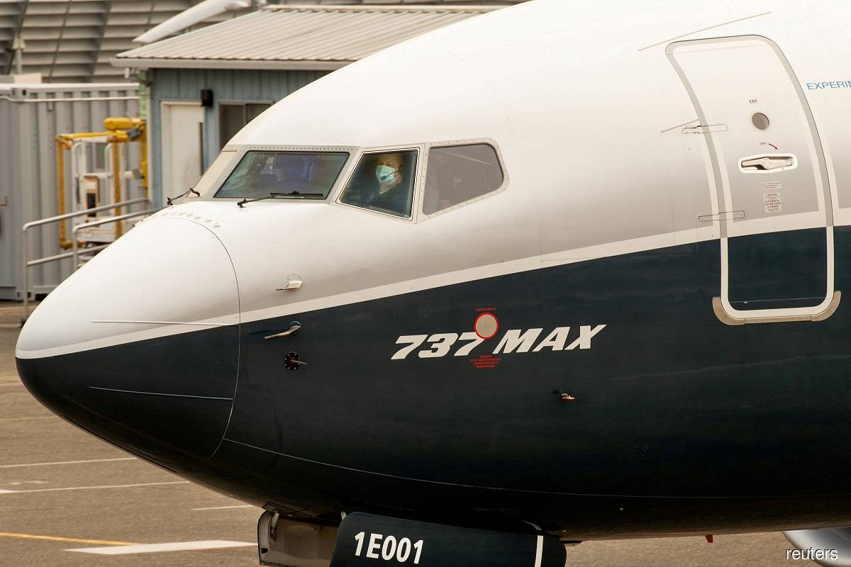 US ends Boeing 737 MAX flight ban after crash probes