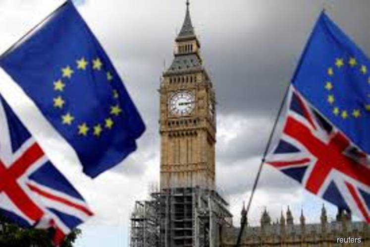 Britain wants Brexit deal approved before July