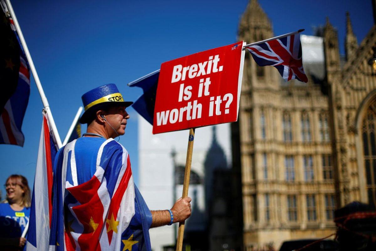 EU considering stopgap measure for UK financial services post Brexit, says EU diplomat