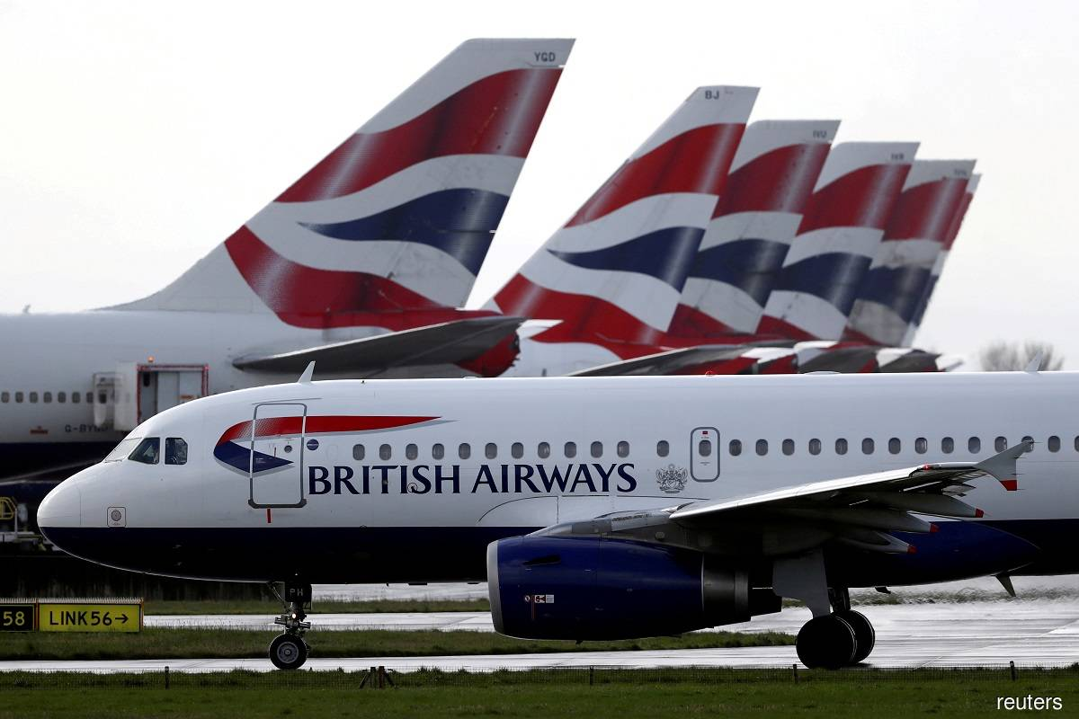 Pandemic pushes BA owner IAG to record €7.43 billion loss