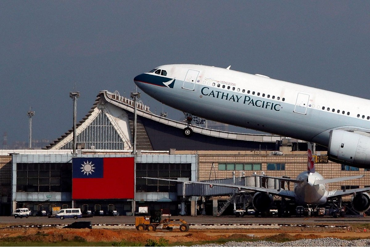 Cathay Pacific posts record US$2.8b annual loss, focuses on preserving cash