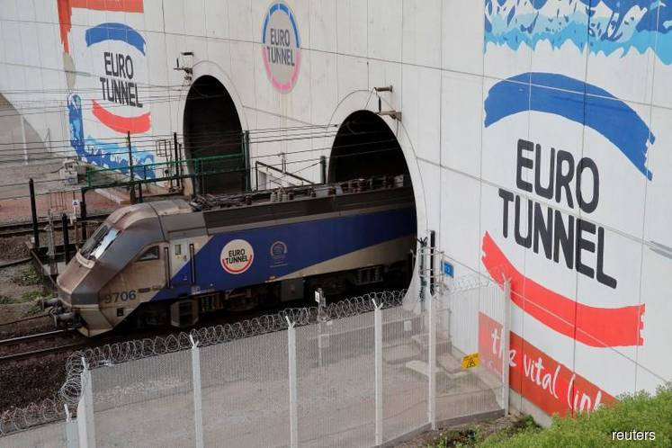 EU announces plans to keep Channel Tunnel rail link open after no-deal Brexit