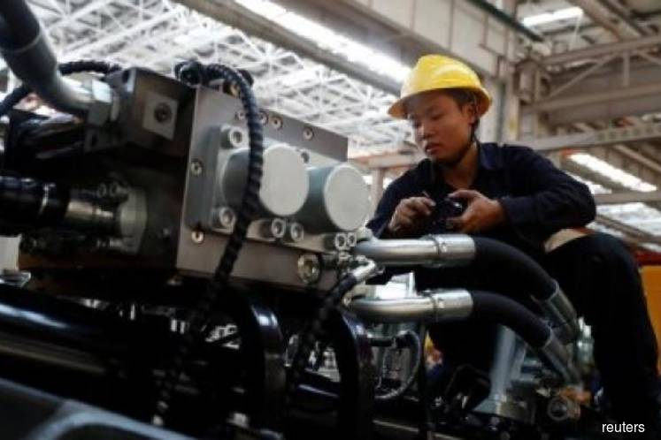 China's industrial profits post steepest fall in 8 months