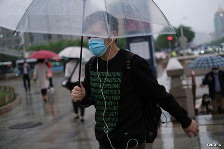 Mainland China reports 17 new COVID-19 cases amid new infections in Wuhan