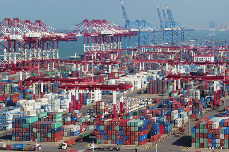 China exports grow despite US tariffs, but import slump most in nearly 3 years