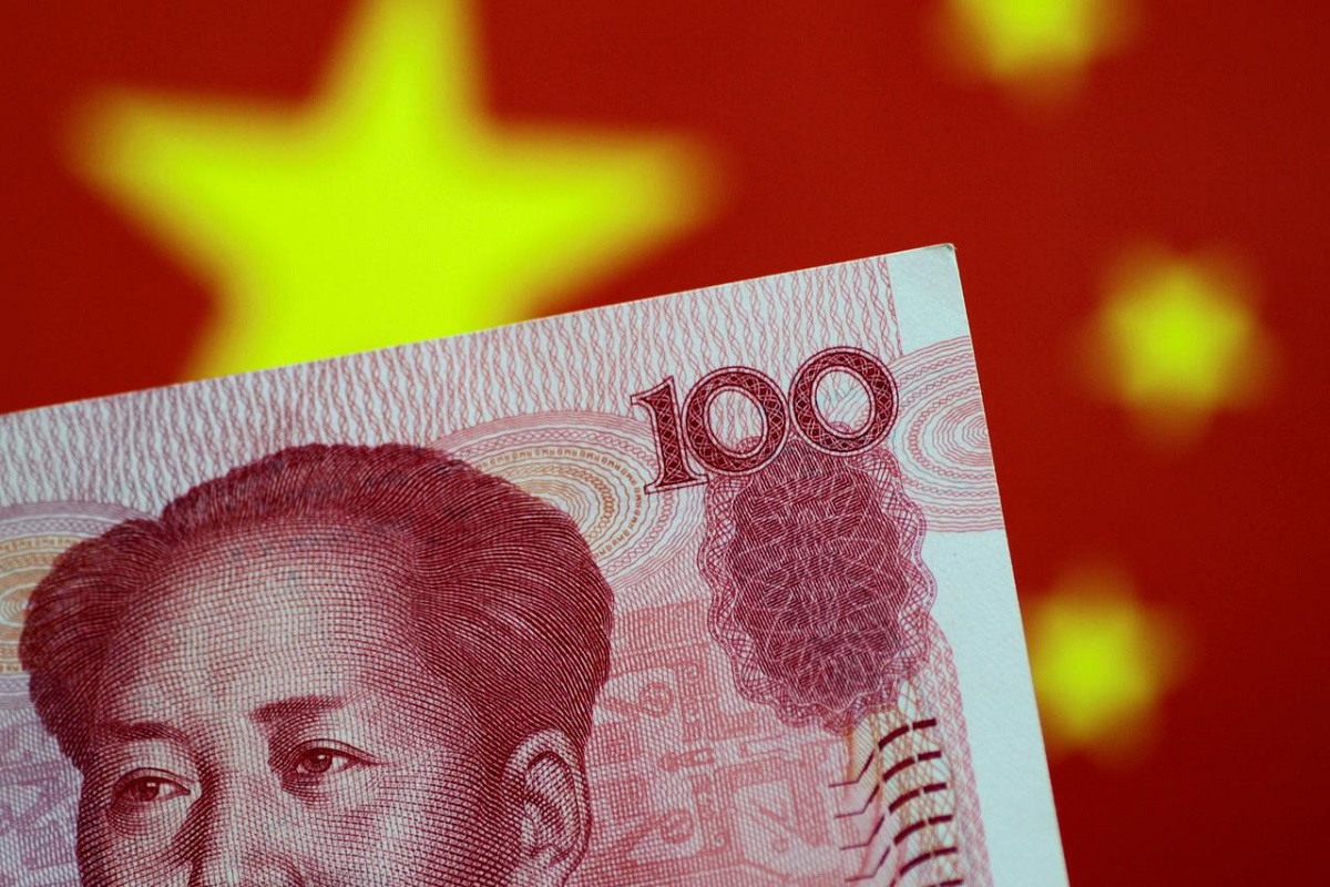 China's yuan forwards hit highest since late 2017