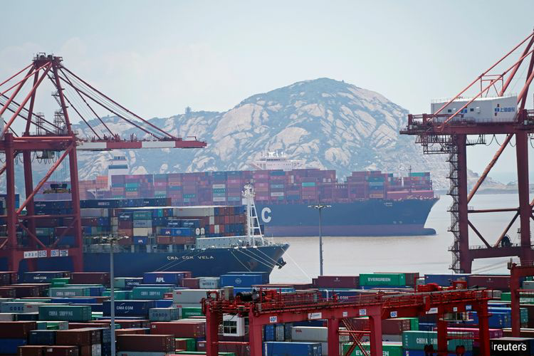 China's imports of crude oil, liquefied natural gas (LNG), metallurgical coal and other energy products totalled around $1.29 billion this year through June, according to Reuters calculations based on China customs data.